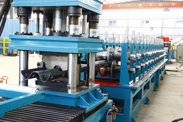Highway Guardrail Roll Forming Machine Taihu Machinery